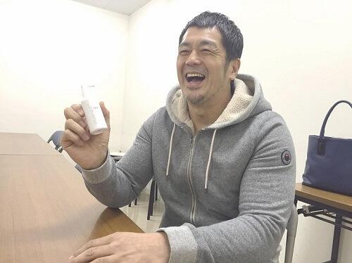ビタブリッドCヘアーを持つ高田さん