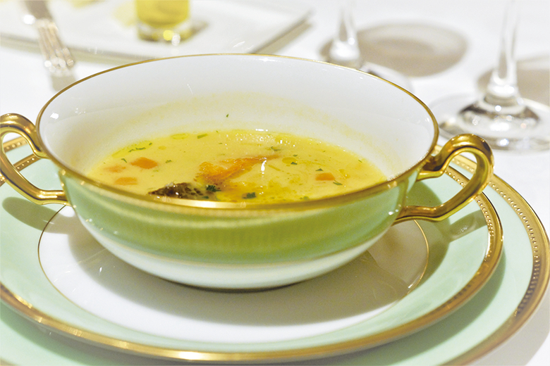 洋食テーブルマナー_スープ